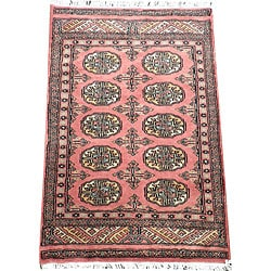 Pakistani Hand-knotted Peach/ Black Bokhara Wool Rug (2&#39; x 3&#39;)