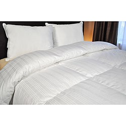 Joseph Abboud 1000 Thread Count European White Goose Down Comforter