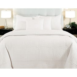 Cathedral Whisper White King-size 3-piece Quilt Set