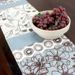 Laurel Glacier Reversible Pieced 13x72-inch Table Runner