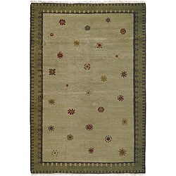 Nepalese Hand-knotted Green Sol Sage Wool Rug (5' x 7')