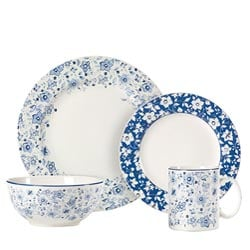 32-pc. Dinnerware Set