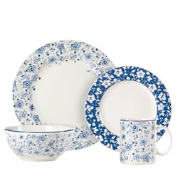 Pfaltzgraff Blue Meadow 32-piece Dinnerware Set