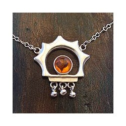 Sterling Silver 'Leo Sun' Amber Necklace (Mexico)