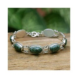 Eternal Love Green Jade Oval Cabochons with Antique Look Bezel Settings of 925 Sterling Silver Woman's Bracelet (Guatemala)