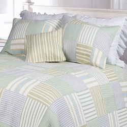 Spa Stripes Patchwork Full/ Queen-size 3-piece Quilt Set