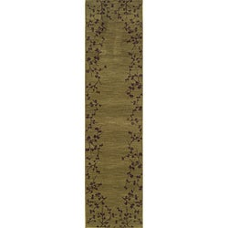 Ellington Green/Brown Transitional Area Runner Rug (1'11 x 7'6)