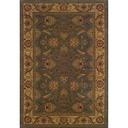 Ellington Green/Beige Traditional Area Rug (5'3 x 7'6)