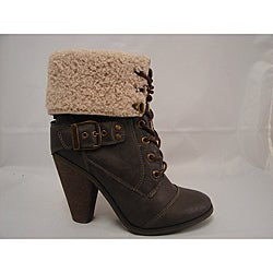 Bucco Women's Brown 'Cheri' Lace-up Ankle Boots