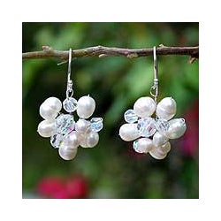 Sterling Silver 'Bridal Bouquet' Pearl Earrings (3.5 - 4.5) (Thailand)