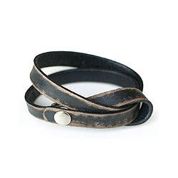 Handcrafted Leather 'Daring in Black' Wrap Bracelet (Indonesia)