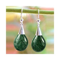 Sterling Silver 'Dewdrops in Love' Jade Earrings (Guatemala)