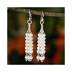 Sterling Silver 'Goddess of Purity' Pearl Earrings (5 mm) (India)