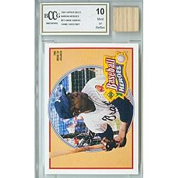 GGUM Card Hank Aaron Mint 10 Card and Bat Memorabilia Set