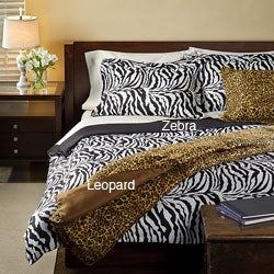 Safari Collection Full/ Queen-size 3-piece Quilt Set