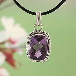 Sterling Silver Amethyst Milligrain Necklace (Indonesia)
