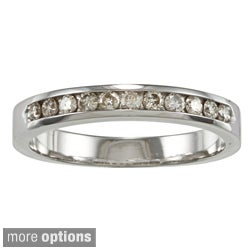 Auriya 10k Gold 1/4ct TDW Diamond Channel-set Wedding Band