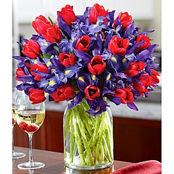Deluxe Hugs and Kisses�with Tulip Vase