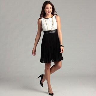Jessica Howard Women's Ivory/ Black Pleated Dress