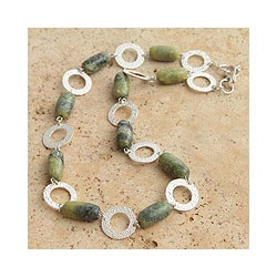Silver 'Olive' Serpentine Link Necklace (Peru)