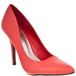 Riverberry Women's 'Momentum' Coral Pumps