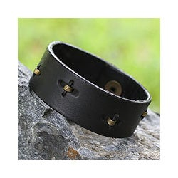 Leather Men's 'Hide and Seek in Black' Wristband Bracelet (Ghana)