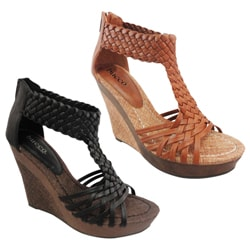 Bucco Women's 'Alamea' Faux Leather Wedged T-straps