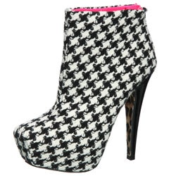 Betsey Johnson Women's 'Thanee' Ankle Boots