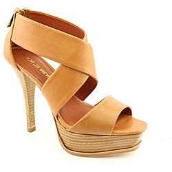 Pour La Victoire Women's Tifara Brown Heels