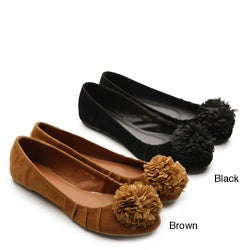 I-Comfort Women's 'Pom Pom' Faux Suede Flats