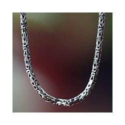 Sterling Silver 'Borobudur Collection I' Chain Necklace (Indonesia)