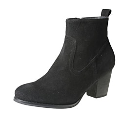 Refresh by Beston Women's 'SALLY-01' Black Chunky-Heel Ankle Booties