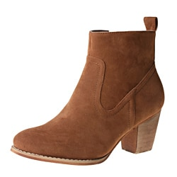 Refresh by Beston Women's 'SALLY-01' Chunky Heel Ankle Booties
