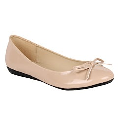Modesta by Beston Women's 'Jade-12' Cream Patent Flats