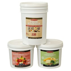 Chefs Banquet 640 Servings Dehydrated and Freeze Dried Food, Fruit, and Vegetable Combo Kit