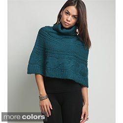 Stanzino Women&#39;s Crocheted Turtleneck Poncho