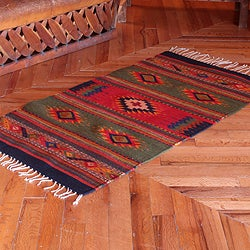 Hand-woven Wool 'Center Cross' Zapotec Rug (2.5 x 5 feet) (Mexico)