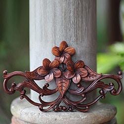 Suar Wood 'Frangipani Garland' Wall Sculpture (Indonesia)