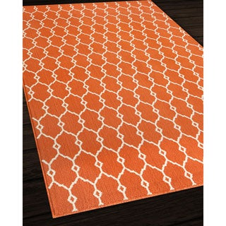Indoor/Outdoor Orange Trellis Rug (5'3 x 7'6)
