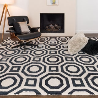 Hand-tufted Tatum Ivory and Black Wool Rug (7'9 x 9'9)