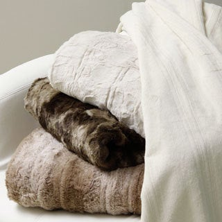 Faux Fur Reversible Throw (with Gift Box)