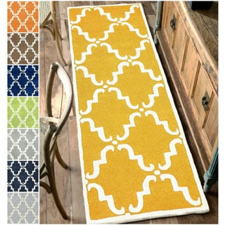 nuLOOM Handmade Luna Marrakesh Trellis Wool runner Rug (2'6 x 10')