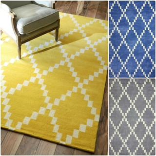 nuLOOM Flatweave Pixel Trellis Fancy Wool Rug (7'6 x 9'6)