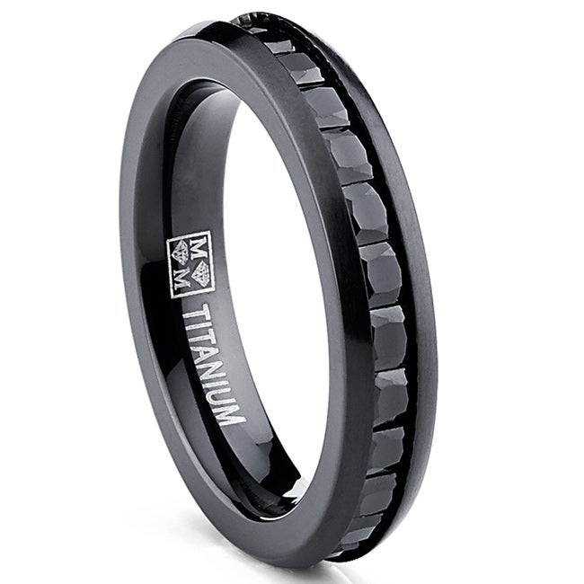Oliveti Women's Black Brushed Titanium Princess-cut Cubic Zirconia Comfort Fit Eternity Ring
