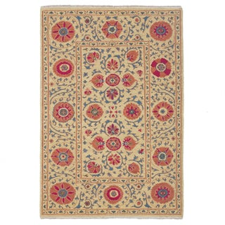 Hand-woven Indo Suzani Coral/ Linen Wool Area Rug (4' x 6')