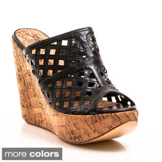 Gomax Women's 'Drive-in 04' Cut-out Slide Wedges