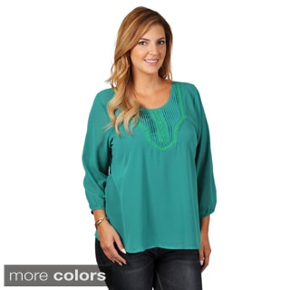 Tressa Collection Women's Contemporary Plus Pleated Chiffon Top
