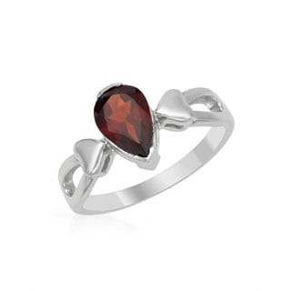 Ring with 1.28ct TW Garnet in .925 Sterling Silver