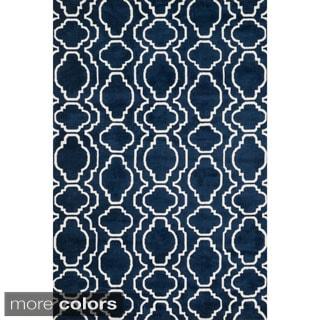 Aaron Moroccan Microfiber Woven Rug (7'6 x 9'6)