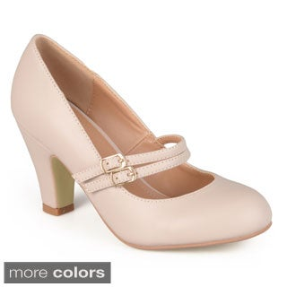 Journee Collection Women's 'Peter' Classic Matte Finish Mary Jane Pumps
